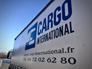 Camion cargo international tracking transport